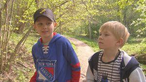 Fågelskådande barn från Cygnaeus skola i Åbo.