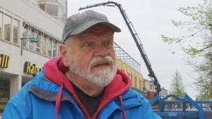 Nils Karlström.