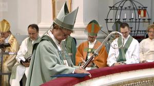 Piispa Irja Askola