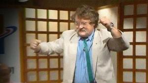 Jorma Kinnunen riemastui Ylen studiossa poikansa Kimmon hirmuheitosta.