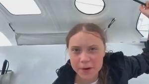 Greta Thunberg på segelbåten Malizia II på väg över Atlanten