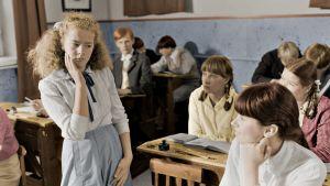 Tilannekuva Eevan luokka -draamasta (1986).