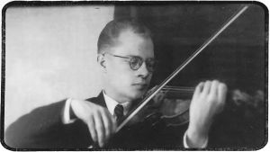 Viulutaiteilija Anton Hyökki noin 1946.