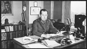 Kapteeni Jaakko Leppo noin 1941-1942.