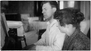 Säveltäjä Ernest Pingoud ja puolisonsa Nina o.s. Rosenlew.
