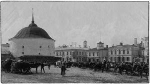 Paksu Katariina eli Pyöreä torni Viipurin kauppatorilla 1900-luvun alussa.