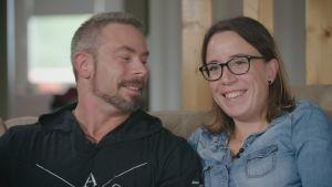 Mats Söderman och Ida Söderman skrattar