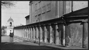 Teatterikuja ja Teatteritalo 1920-luvulla.
