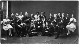 Viipurin Musiikkiopiston pikkukamariorkesteri 1930-luvun lopulla.