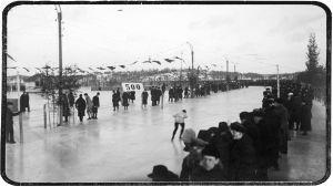 Luistelukilpailu jollain monista Viipurin luistinradoista noin vuonna 1930.