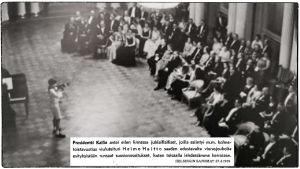 Heimo Haitto esiintyy ilmeisesti Presidentinlinnan salissa 1939.