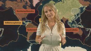 Eva Brunell berättar om jordbävningar. I bakgrunden grafik på de största kontinentalplattorna.