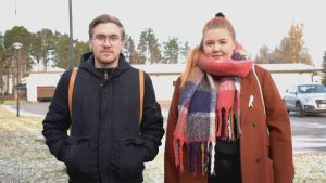 Waltteri Järvinen är på väg till bioresonansmottagning med Saara Suvanto som moraliskt stöd.