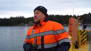 Markku Nousiainen på färja.