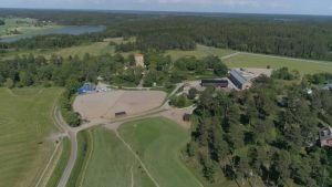 Flygfoto av Qvidja gård i Pargas