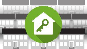 Grafiikka: talo ja avain, taustalla kerrostaloja.