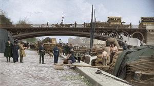 Pariisilaista katukuvaa Seinen varrelta