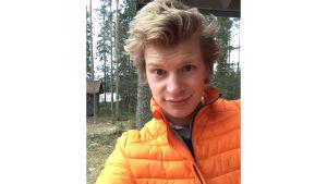 Kapellimestari Eero Lehtimäki selfiekuvassa koronapandemian aikaan maaliskuussa 2020.