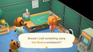 En skärmdump från spelet Animal Crossing. På bilden syns två pratande tvättbjörnar tillsammans med en tjej med orange hår.