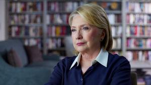 Intervjumiljö: Hemma hos Hillary Clinton.
