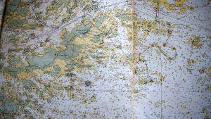 Sjökort över Hitis-Rosala med Linkolas handritade rutt.
