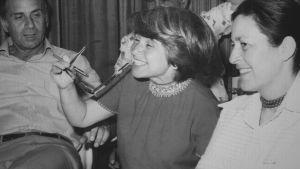 Suorapuheinen seksiterapeutti Ruth Westheimer on muuttanut ja pelastanut monen elämän.