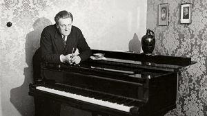 Pianotaiteilija Ernst Linko.