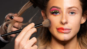 Kuvassa naisen kasvot, toiselta puolen vahvasti meikattu, toiselta puolen ilman meikkiä.