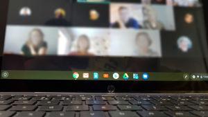 Etätyö videoneuvottelu Google meetsillä