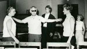 Peter Klein ohjaa Savonlinnan Musiikkikursseilla 1962.