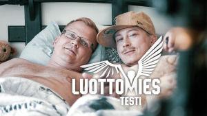 kuvassa Juhi (Kari Ketonen) ja Tommi (Antti Luusuanniemi)