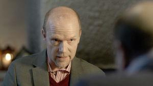 Esko Seppänen (Kari Heiskanen) elokuvassa Vasen ja oikea.