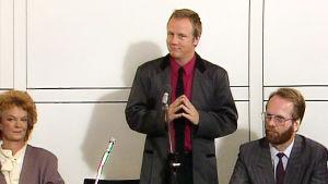 Serien Waikiki Sixten Lundberg som kommundirektör