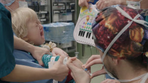Viljalle, 4, tehdään harvinainen keskikasvojen venytysleikkaus.