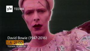 David Bowien muistoillan mainos, ruutukaappaus Teemalauantain trailerista.