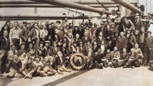 Amerikansuomalaisia merimatkalla Leningradiin 1933.