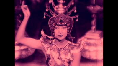 Stumfilmsbild som ingår i Kim Longinottos kompilationsfilm Love Is All.