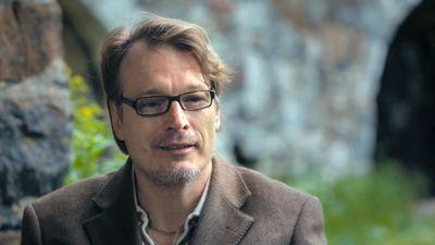 SuomiLOVE-yllättäjä Petri-Ilmari haastattelussa.