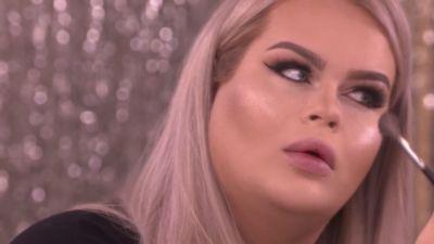 Lataa lesbot suku puoli video