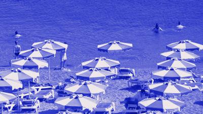 Tekstit: Datan käyttö ulkomailla, Digitreenit, yle.fi/oppiminen. Kuvassa drinkkilasi.