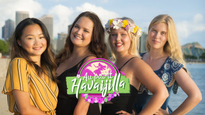Au pairit Havaijilla -kauden au pairit yhdessä rannalla.