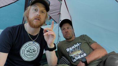 Tom ja Peltsi teltassa