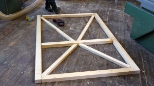En dörrkonstruktion