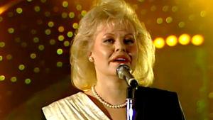 Anneli Saaristo esittää kappaleen Oi äiti maa Suomen euroviisukarsinnassa 1989.