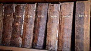 Biblar från 1800-talet.