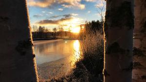 Auringonlasku Pirkanmaalla huhtikuussa 2020.