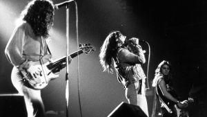 Deep Purple esiintyy vuonna 1976