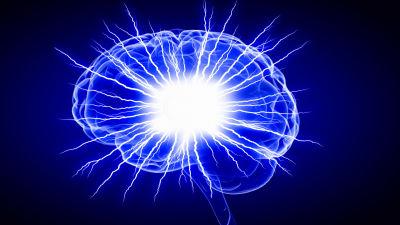 En grafisk framställning av en hjärna i rymden.