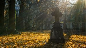 Syksyinen hautausmaa