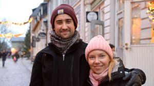 Leena Käisäri med hennes man.